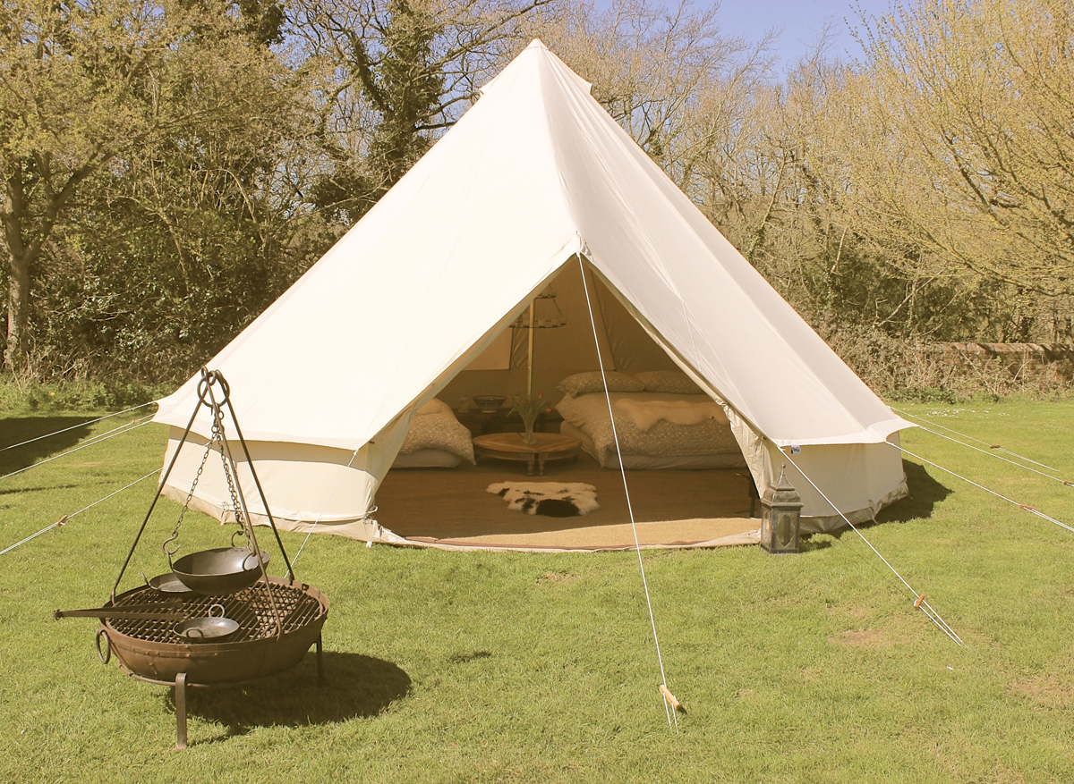 Karma canvas luxury glamping bell tent hire rental uk for Colorado canvas tent